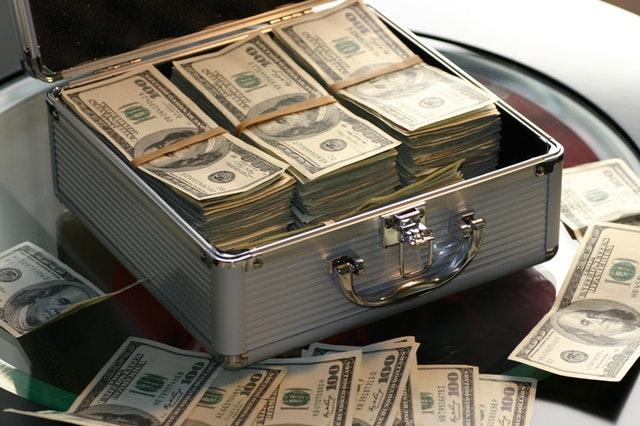 Tjen penge og bliv millionær – Sådan bliver du millionær