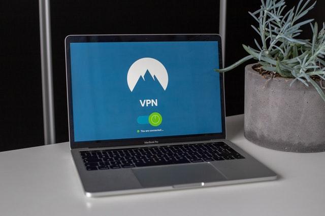 Sådan kan du se Tv 2 Play i udlandet med VPN